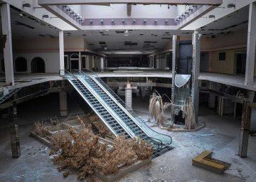Exhibition 2016 World Of Malls. Architekturen Des Konsums Dead Mall
